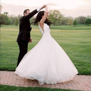 Dresses & Skirts - Beautiful Princess Wedding Dress